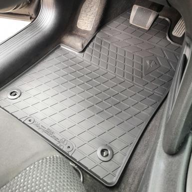 Комплект резиновых ковриков в салон автомобиля Dodge Dart (2012-2016)
