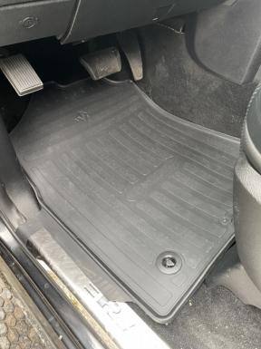 Передние автомобильные резиновые коврики Dodge Ram 1500 (Crew cab) (2009 - 2018) (special design 2017)