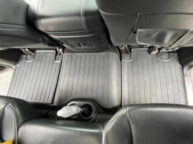 Комплект резиновых ковриков в салон автомобиля Dodge Ram 1500 (Crew cab) (2009-2018) (special design 2017)