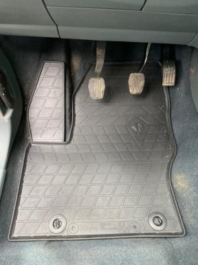 Водительский резиновый коврик Ford C-Max (design 2016)